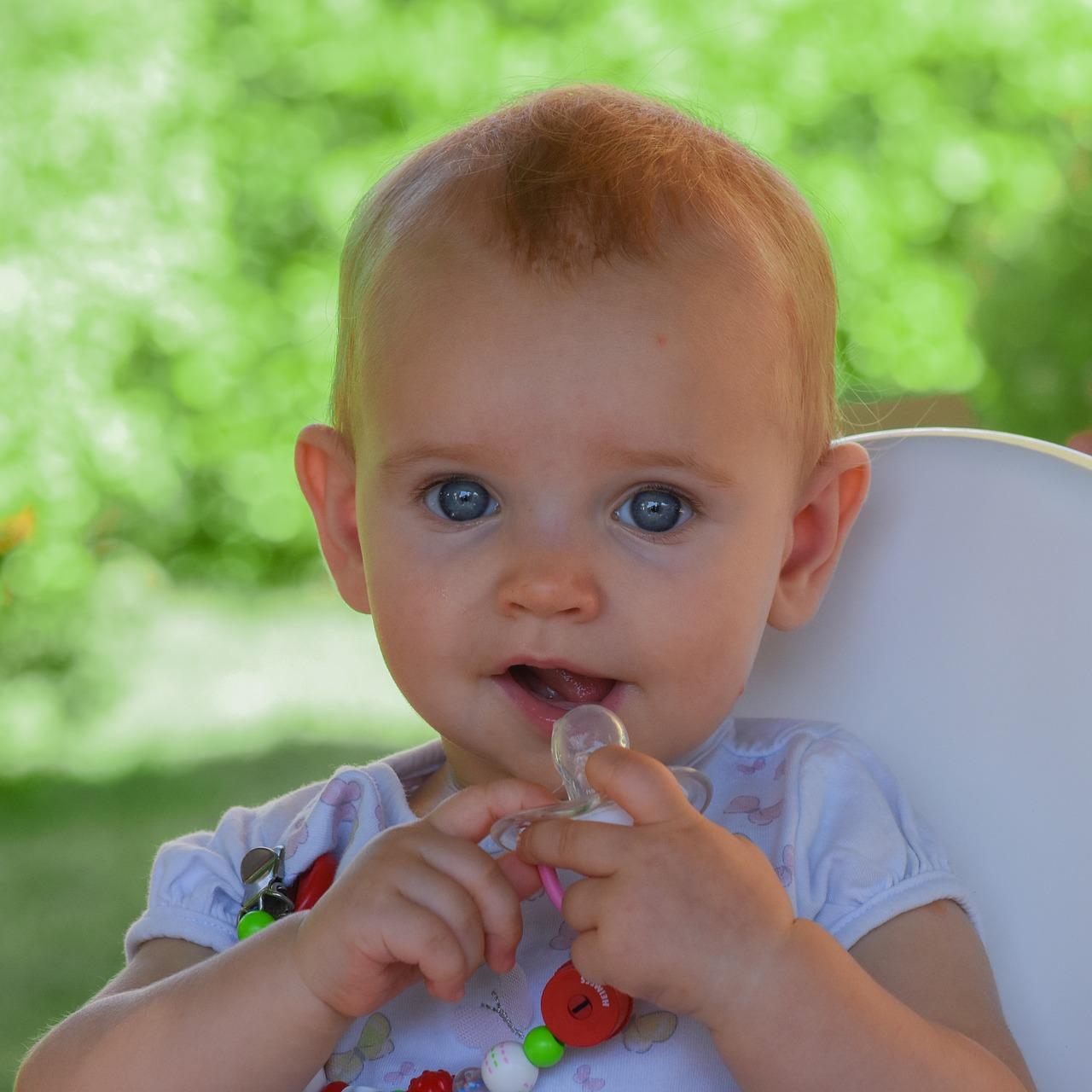 Smoczek dla noworodka - Smoczek dla niemowlaka tak czy nie – Smoczek okiem logopedy - część 4
